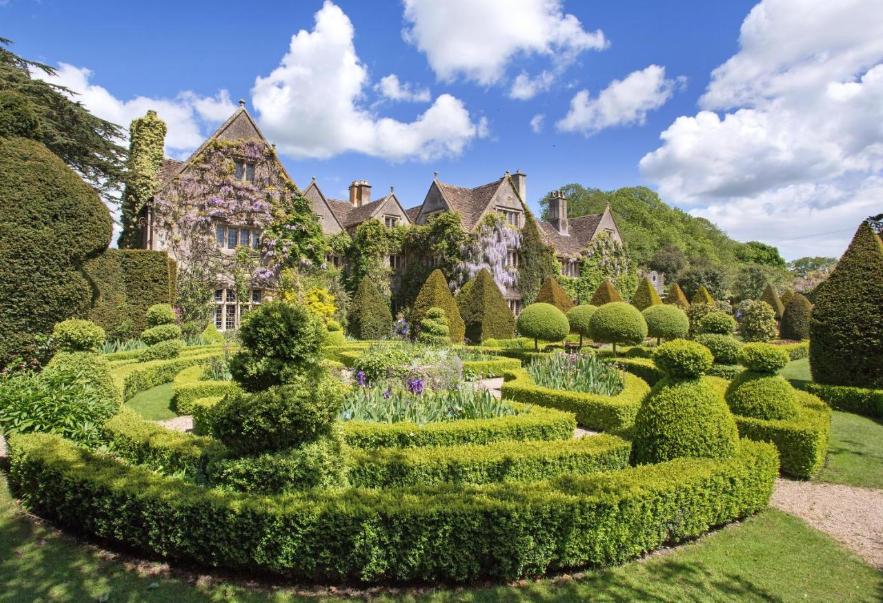 Загородный дом  World Famous Abbey House Gardens