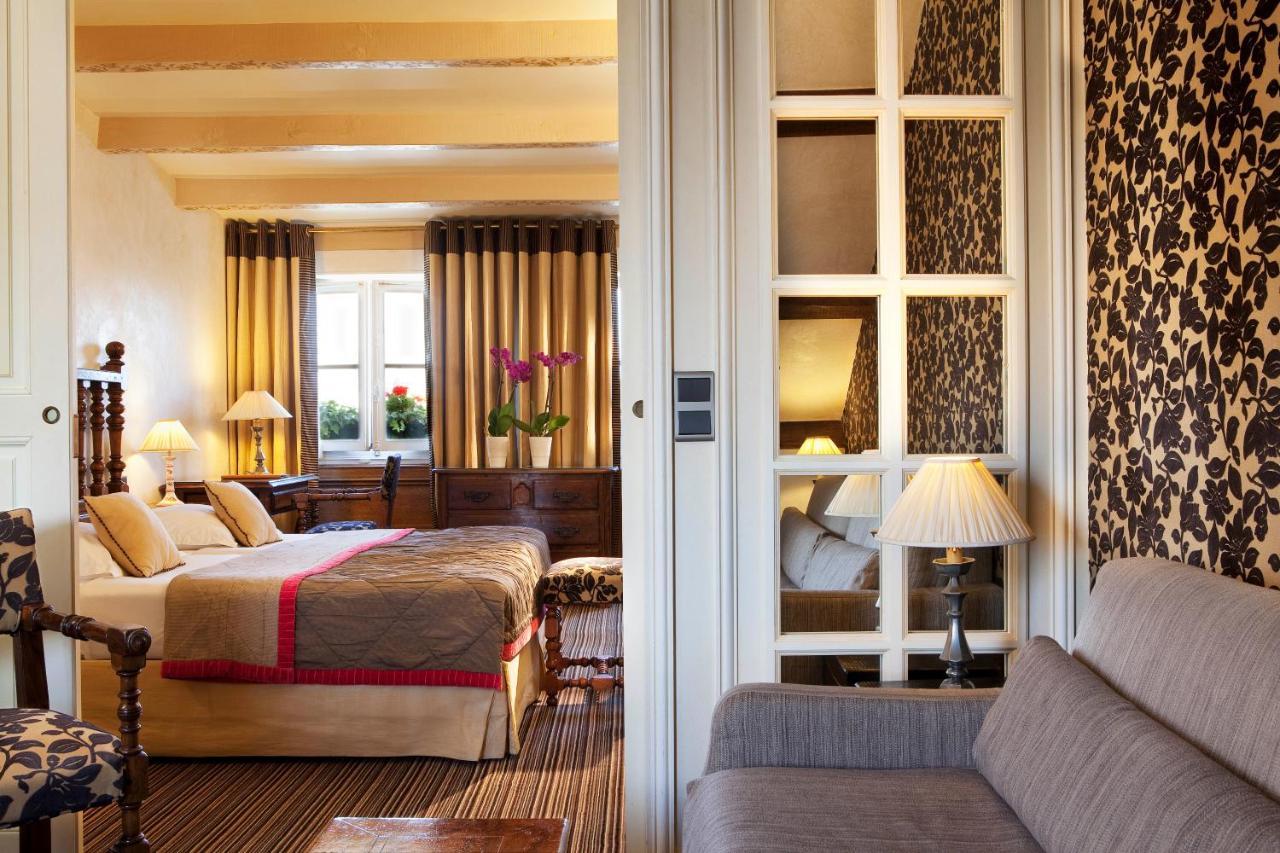 Cama ou camas em um quarto em Hotel Left Bank Saint Germain