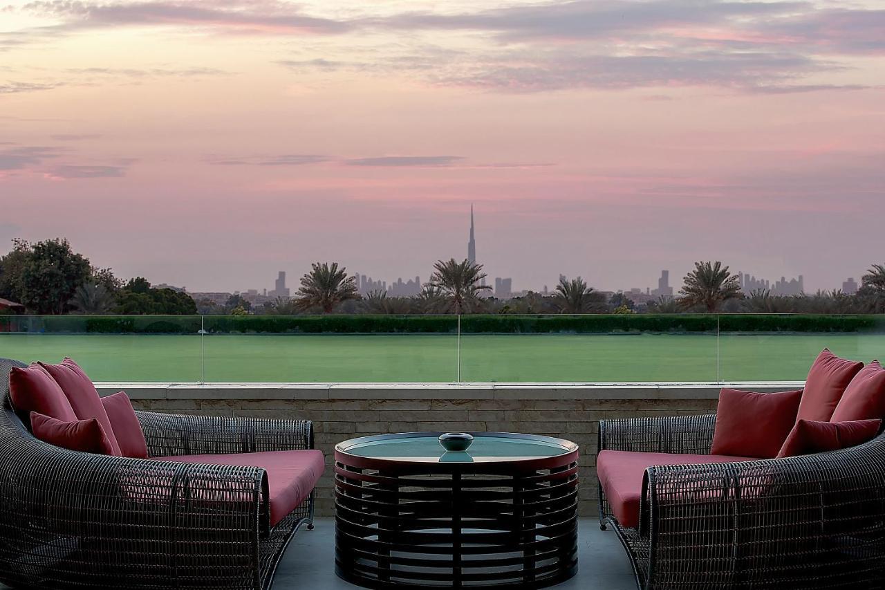 Курортный отель  Melia Desert Palm Resort & Hotel