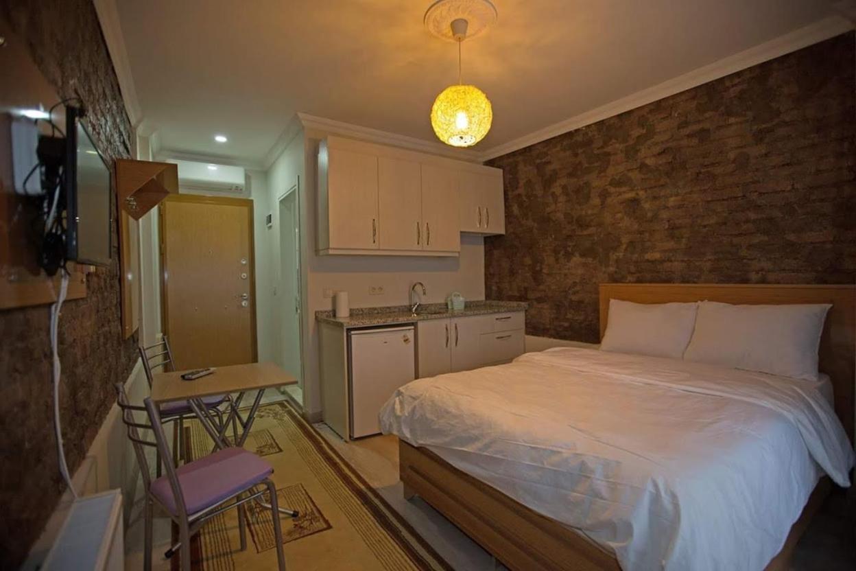 Апарт-отель  Baran Apartment