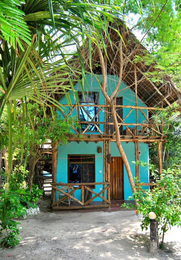 Шале  Sagando Hostel & Bungalows Zanzibar
