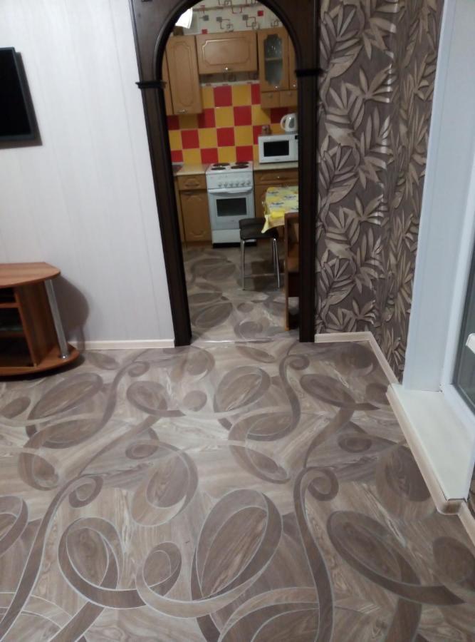 Апартаменты/квартира  Сдам посуточно 2-х комнатную квартиру в г. Саяногорске