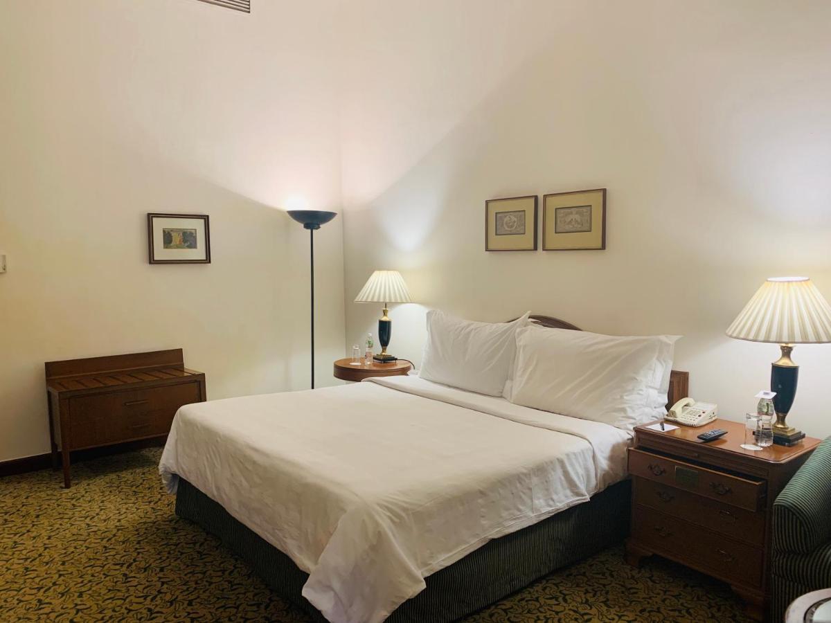 Lenzuola Di Seta Opinioni maidens hotel new delhi, nuova delhi – prezzi aggiornati per
