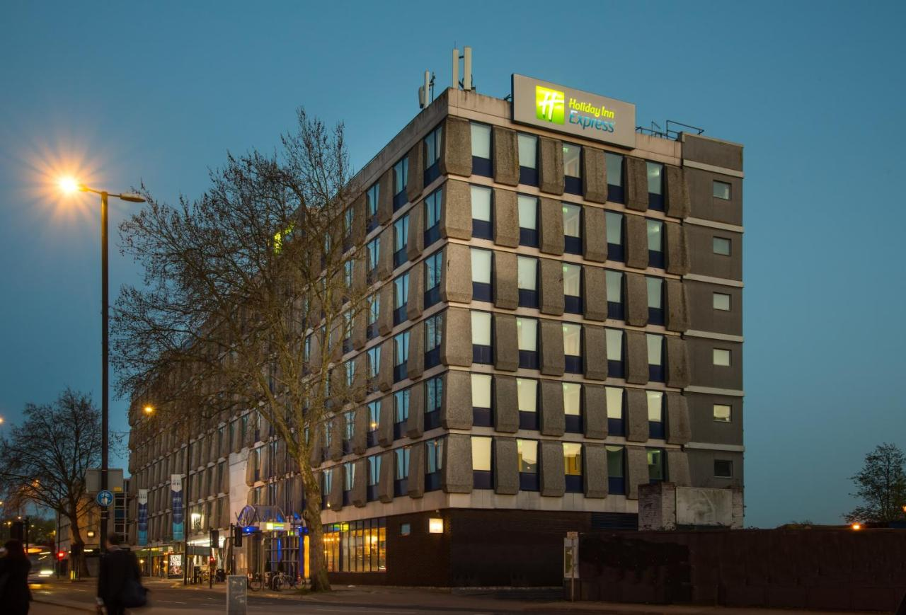 Отель  Holiday Inn Express Bristol City Centre