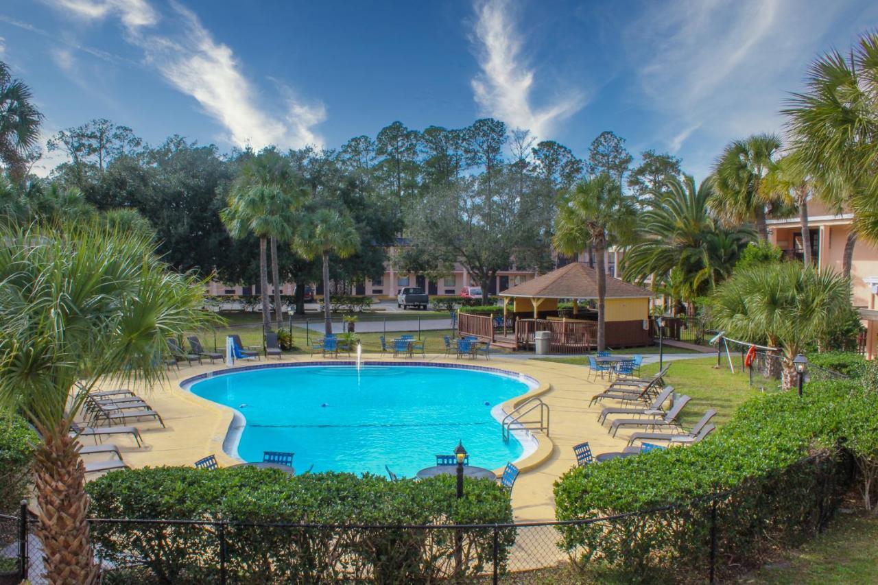 Отель  Отель  APM Inn & Suites - Jacksonville