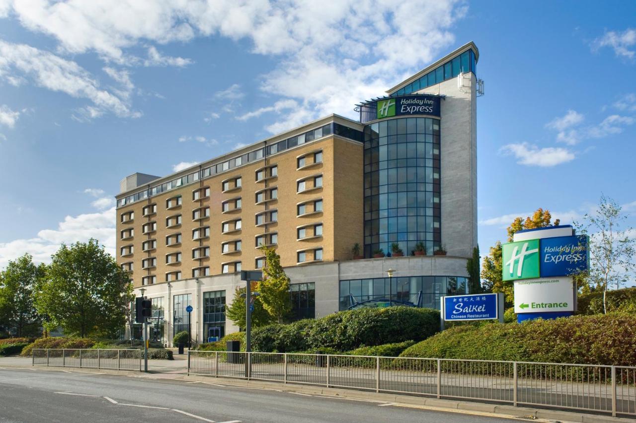 Отель  Holiday Inn Express London Greenwich, An IHG Hotel