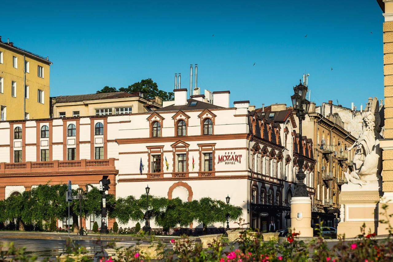 Отель  Моцарт Отель