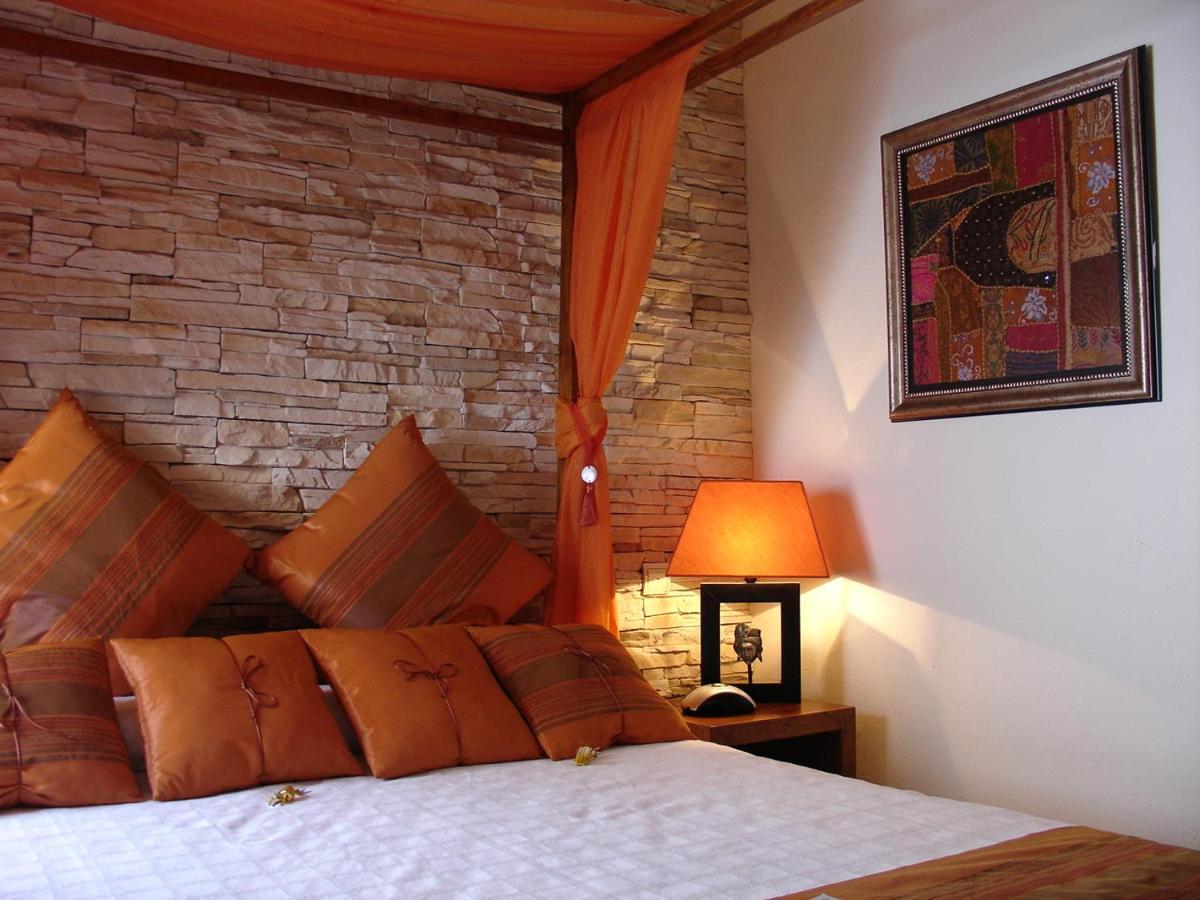 Отель  La Villa Marbella - Old Town