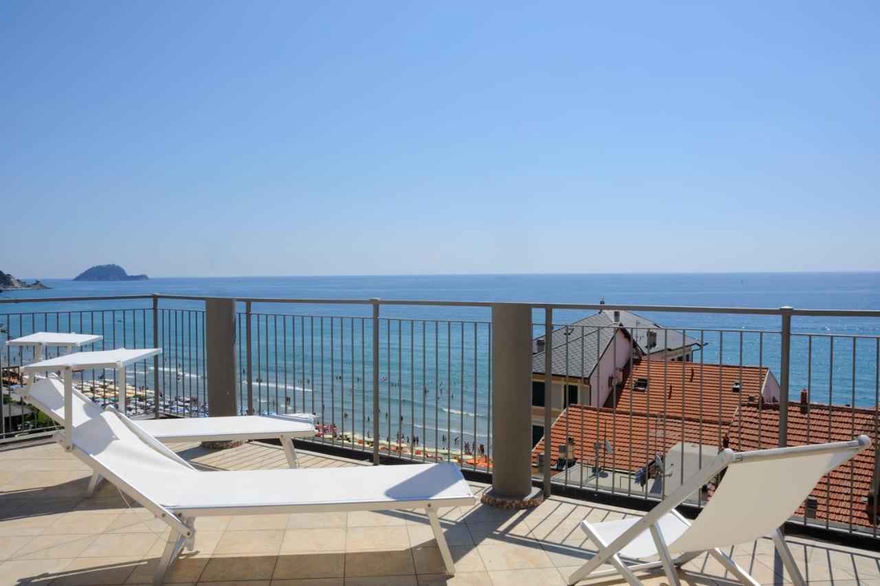 Отель  Hotel Enrico