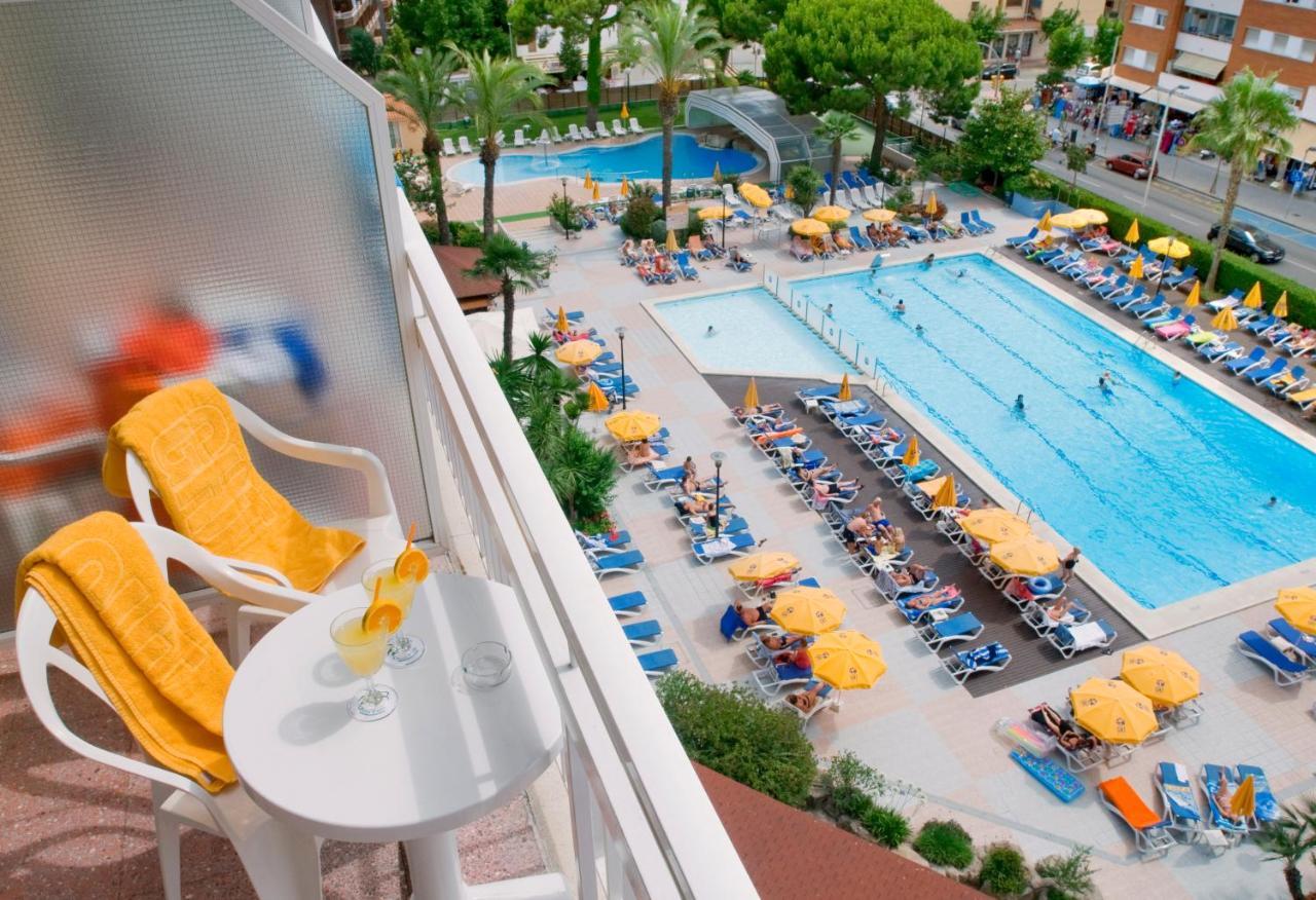 Hotel Ght Oasis Park Spa Lloret De Mar Spain Booking Com