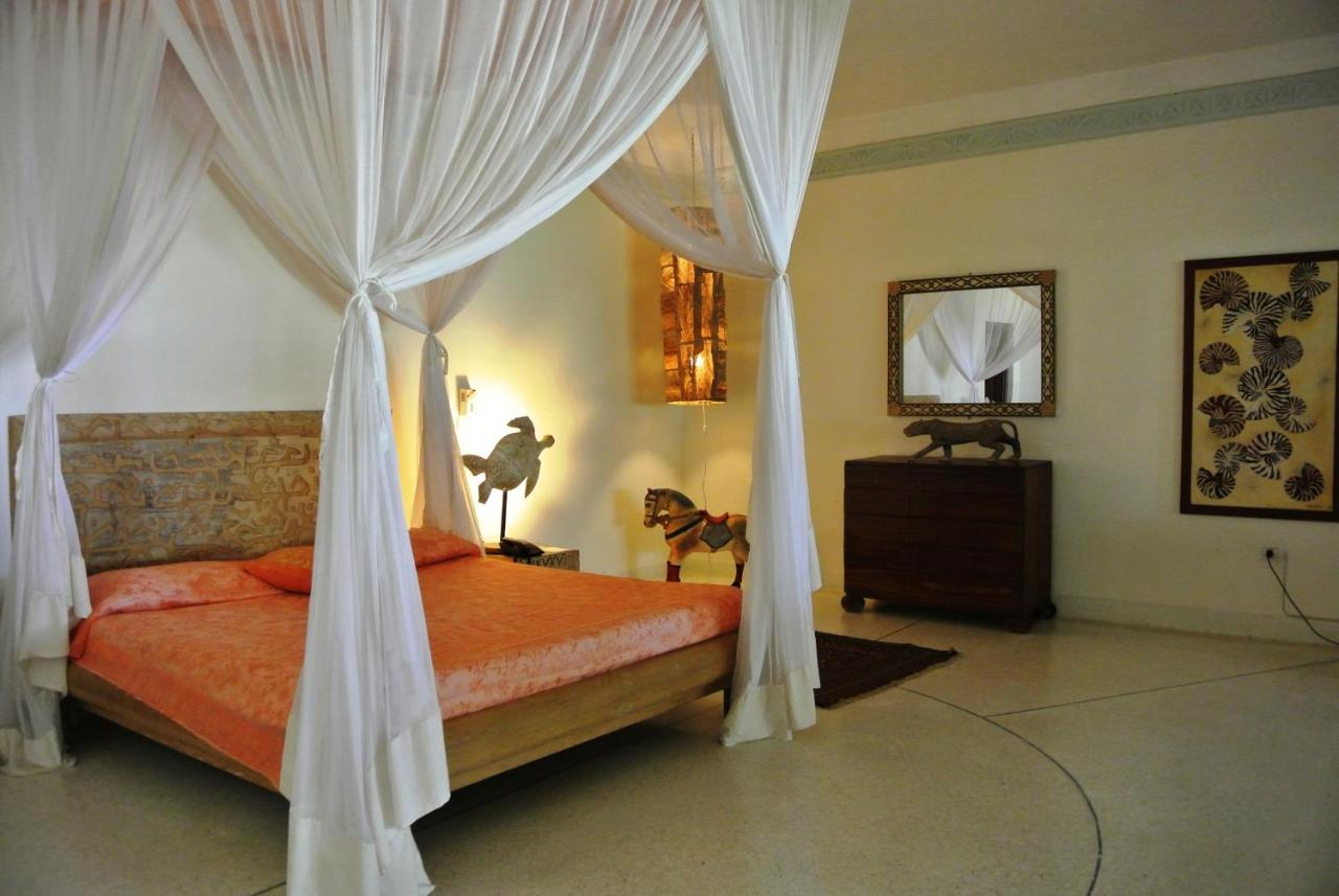 Курортный отель  Kilili Baharini Resort & Spa