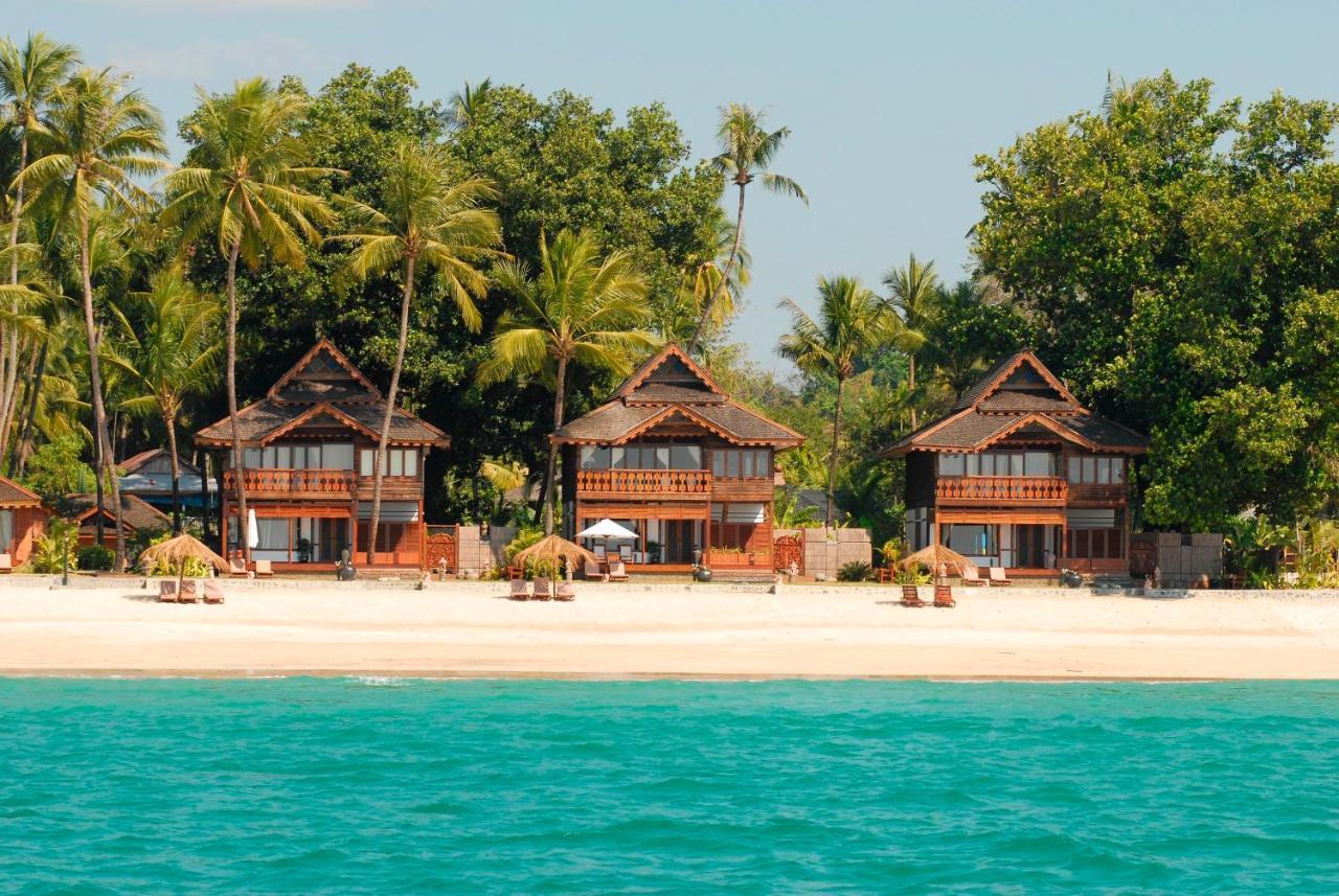 Amazing Ngapali Resort Beach