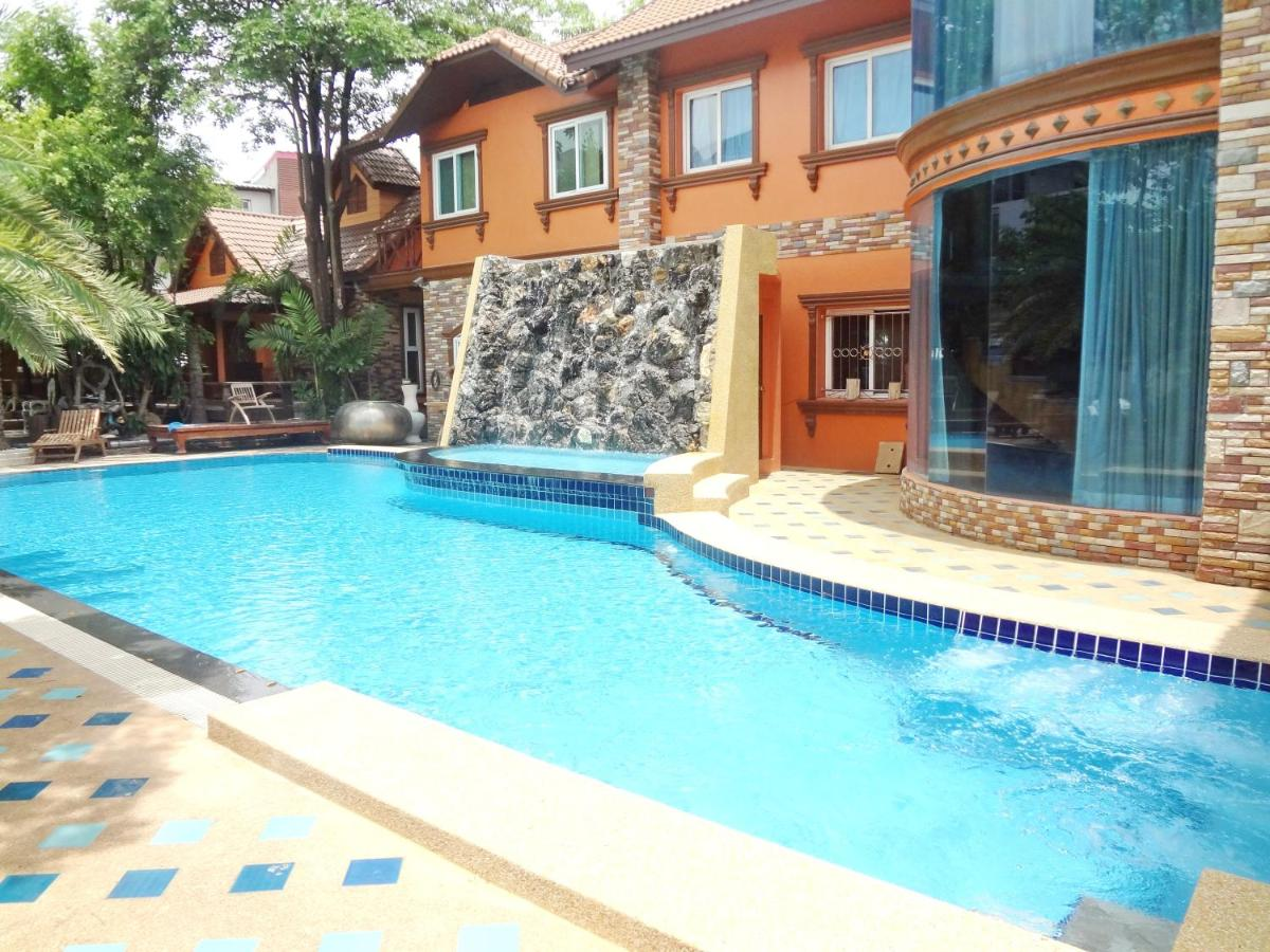 Отель  Khunsri Resort Art Boutique Hotel