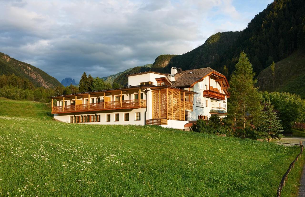 Отель  Alpin Stile Hotel