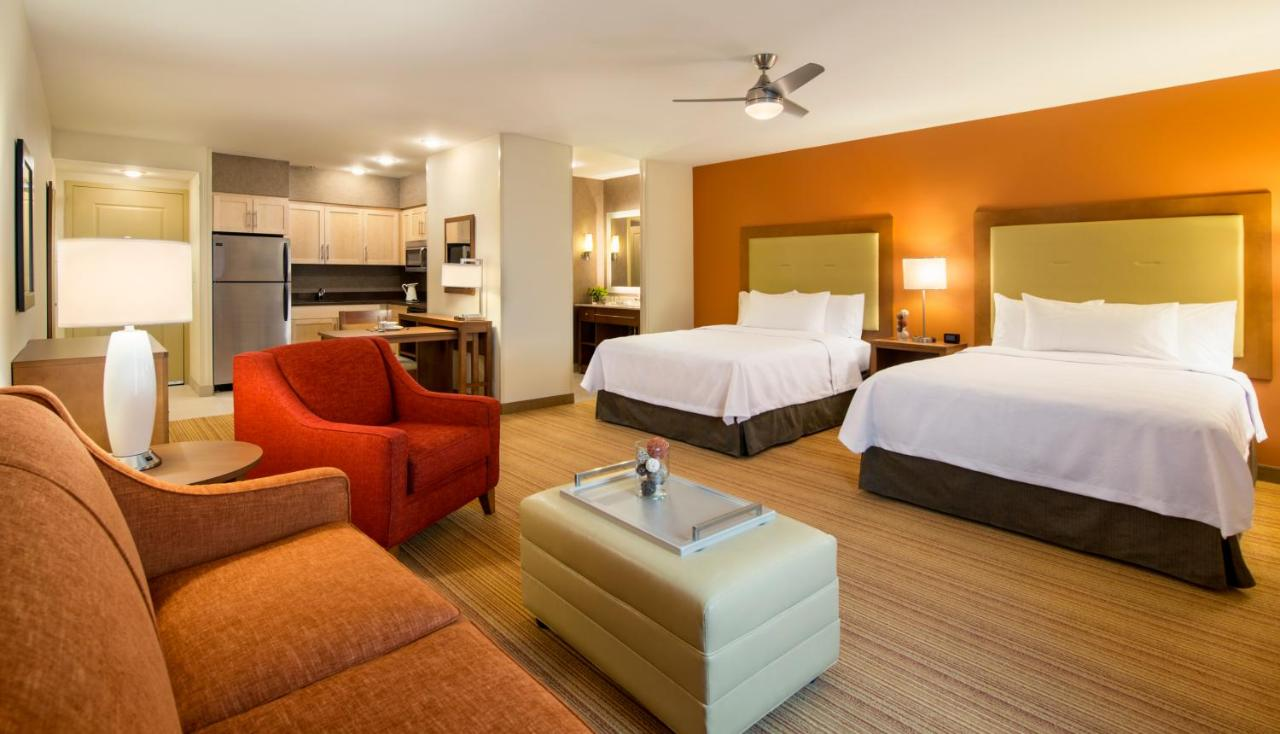 Отель  Homewood Suites By Hilton Winnipeg Airport - Polo Park