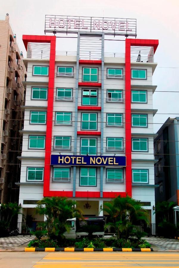 Отель  Hotel Novel