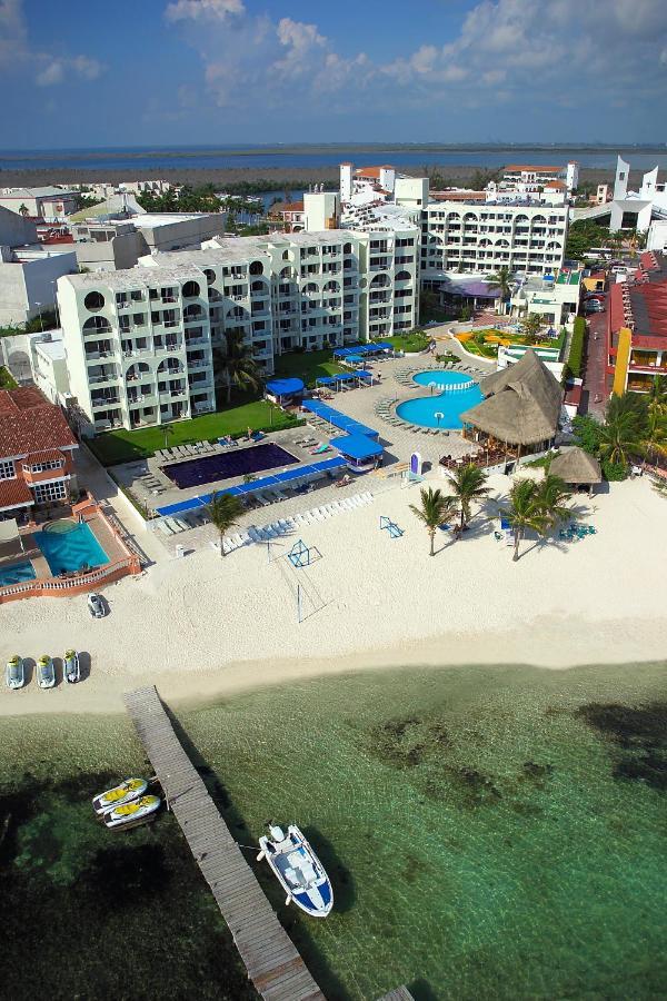 Aquamarina Beach Hotel Cancún Mexico