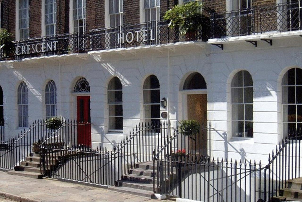Отель  Отель  Crescent Hotel