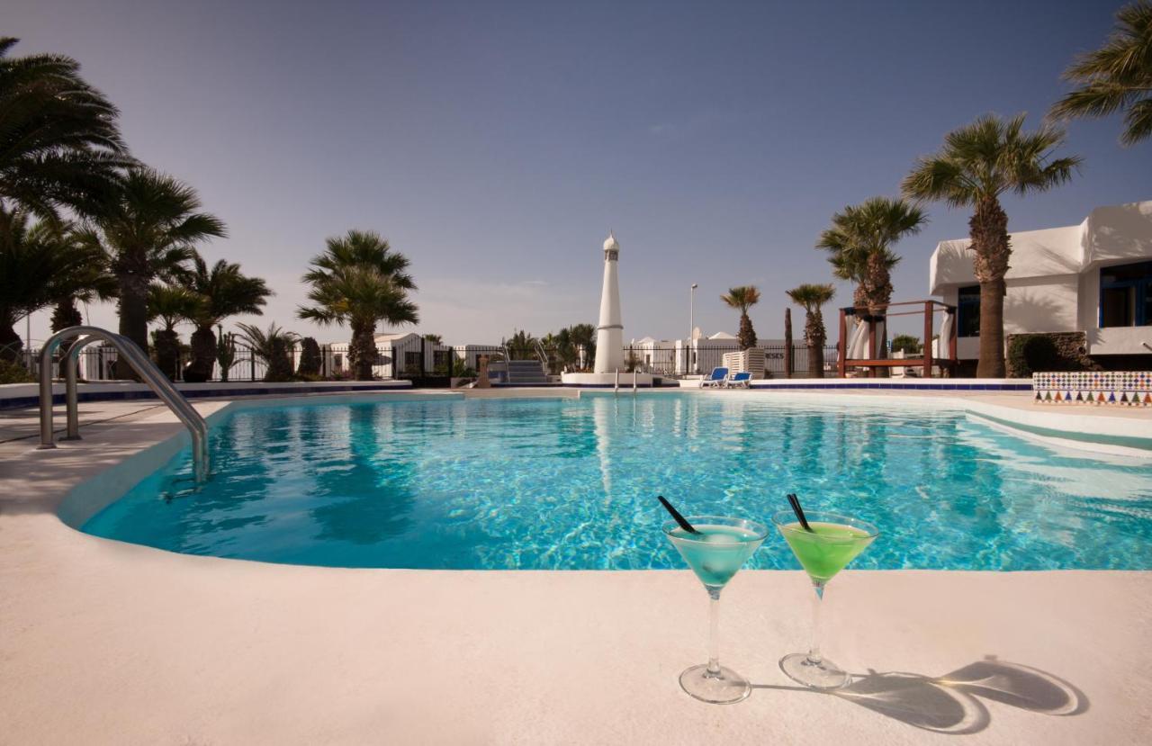 Apartamentos Panorama, Puerto del Carmen, Spain - Booking.com