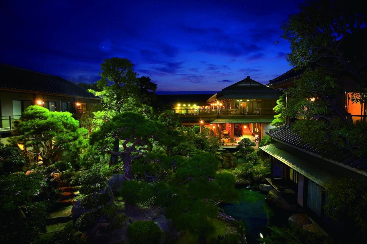 記念日におすすめのホテル・石和温泉 銘石の宿 かげつの写真1
