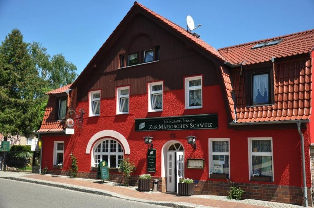 Puff aus Buckow (Märkische Schweiz)