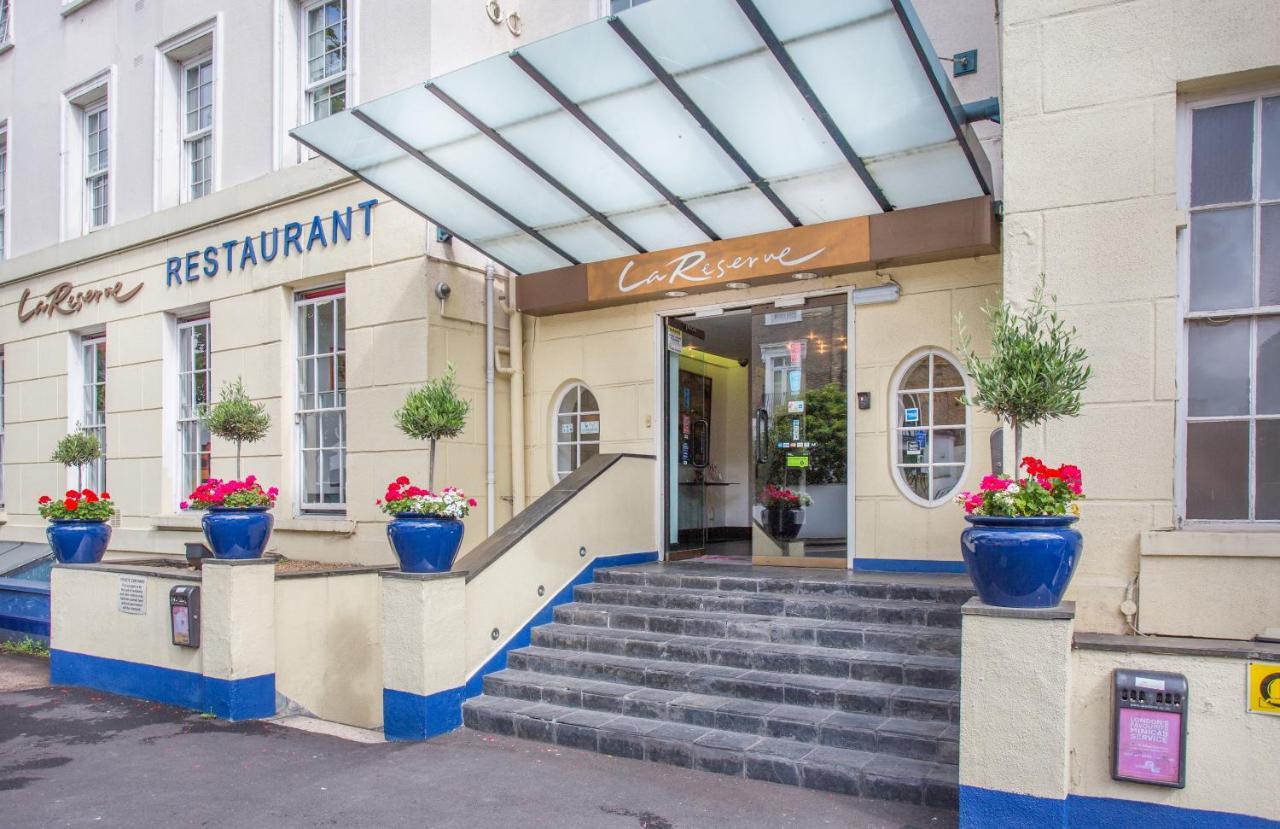 Отель  La Reserve Hotel