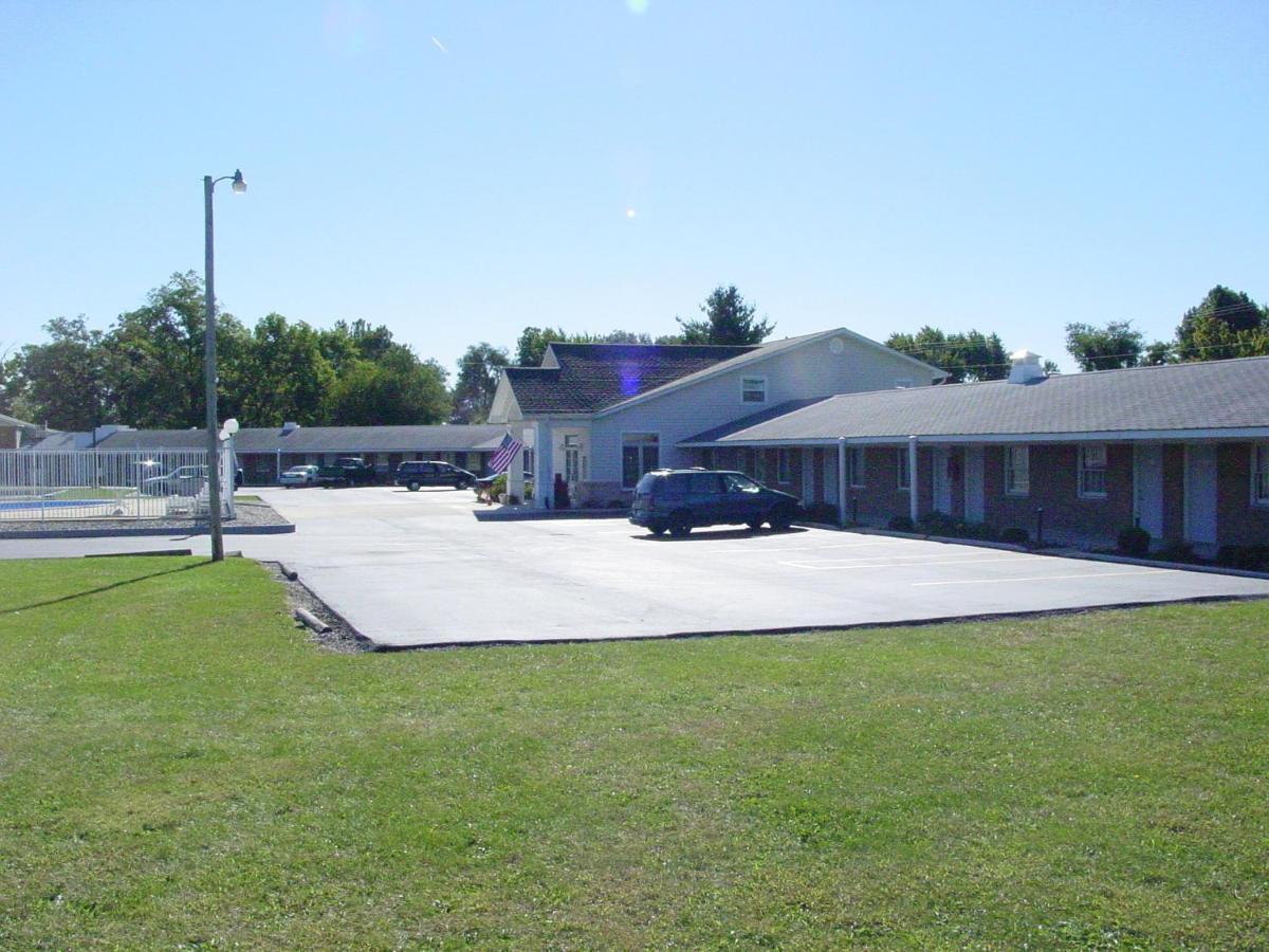 Мотель  Monticello Inn - Monticello, Indiana