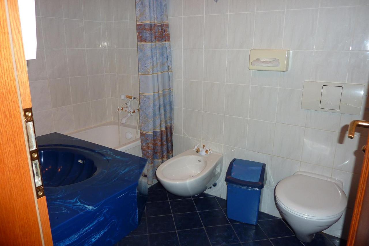 Sprchový kout orgie