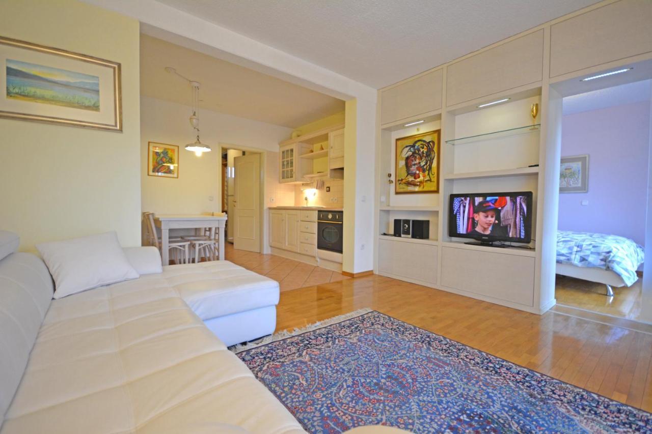 Апартаменты/квартиры  Apartment Amigo