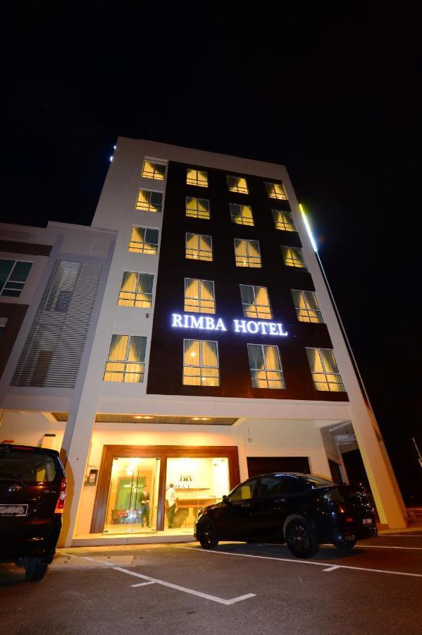 Отель  Rimba Hotel