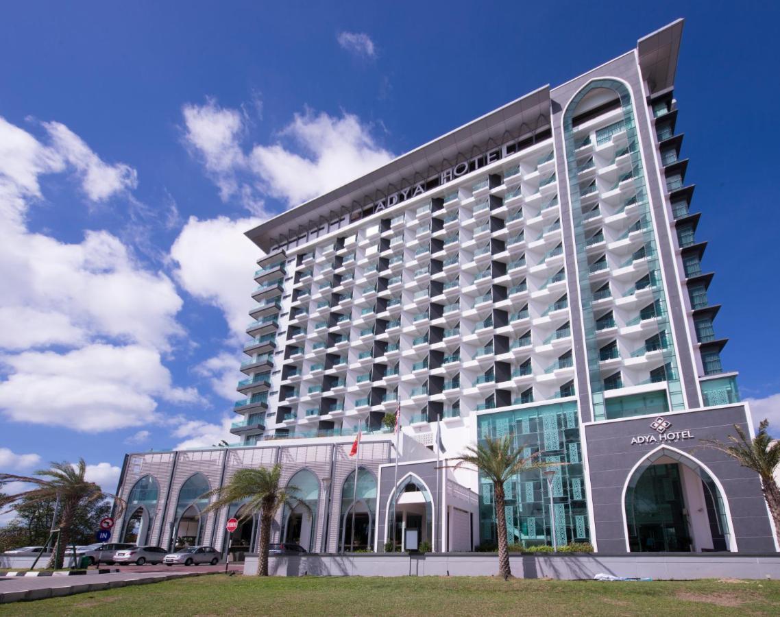 hotel di langkawi menerima tempahan hangat