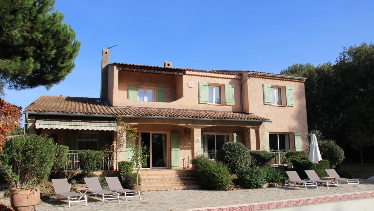 Provence Cheminée Six Fours bed and breakfast la bastide du bouchou, six-fours-les