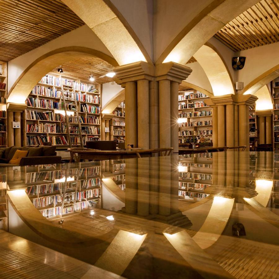 Отель  The Literary Man Obidos Hotel