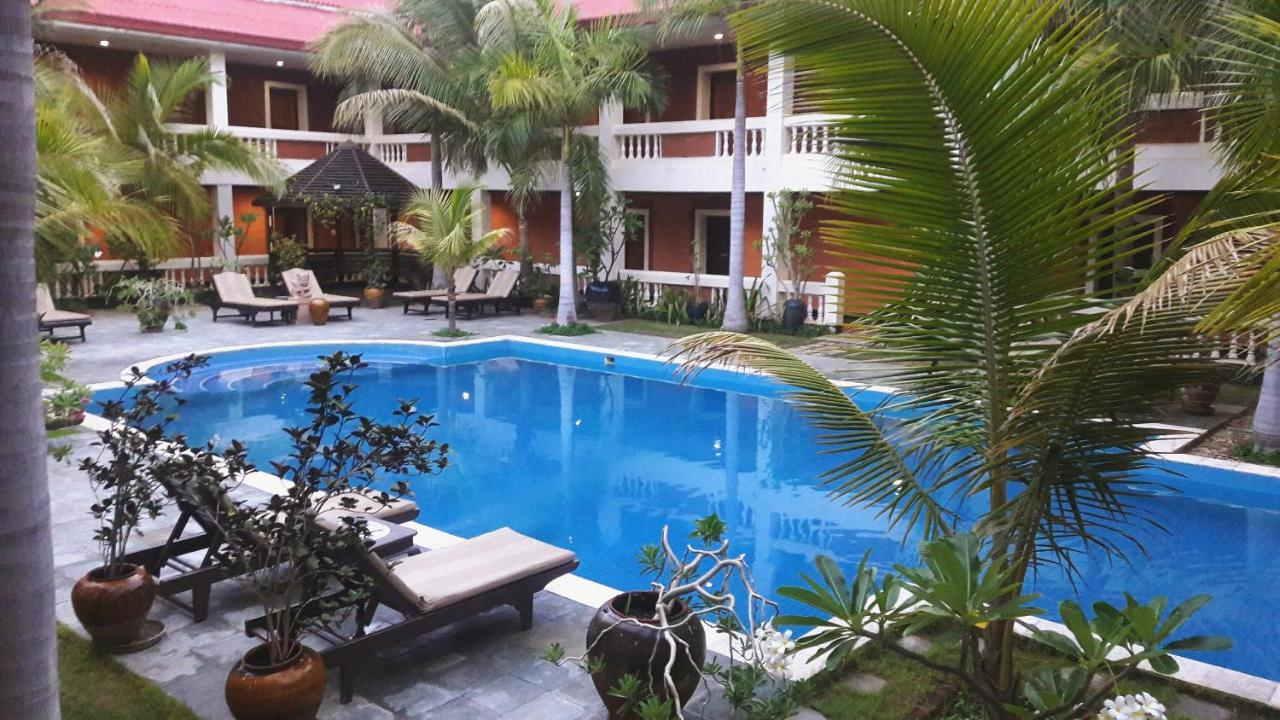 Отель  Arthawka Hotel