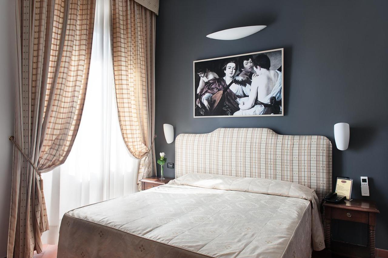 Отель  Hotel Caravaggio