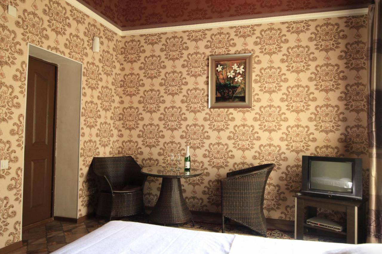 Мотель  Carzone