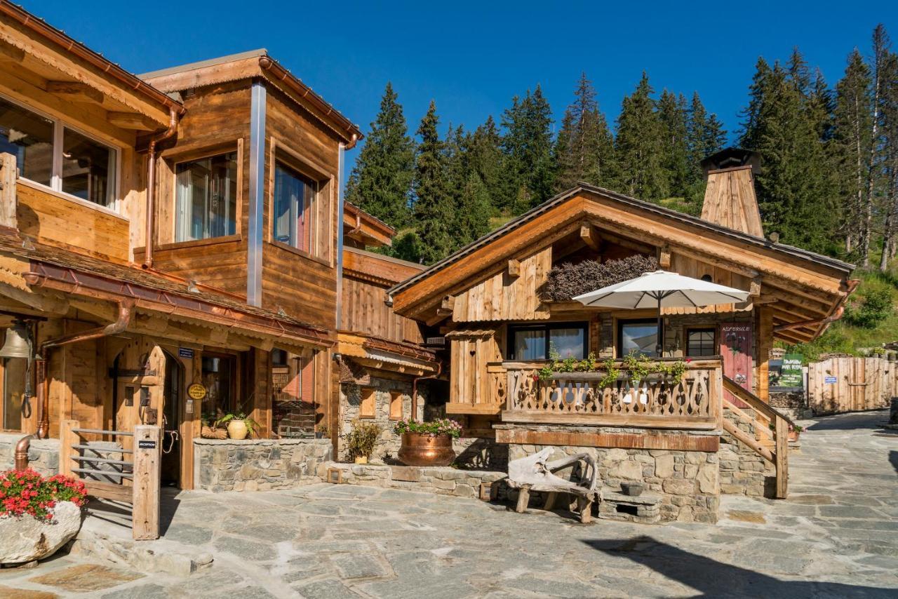 Maison En Bois Annecy hotel marc veyrat - la maison des bois, manigod, france