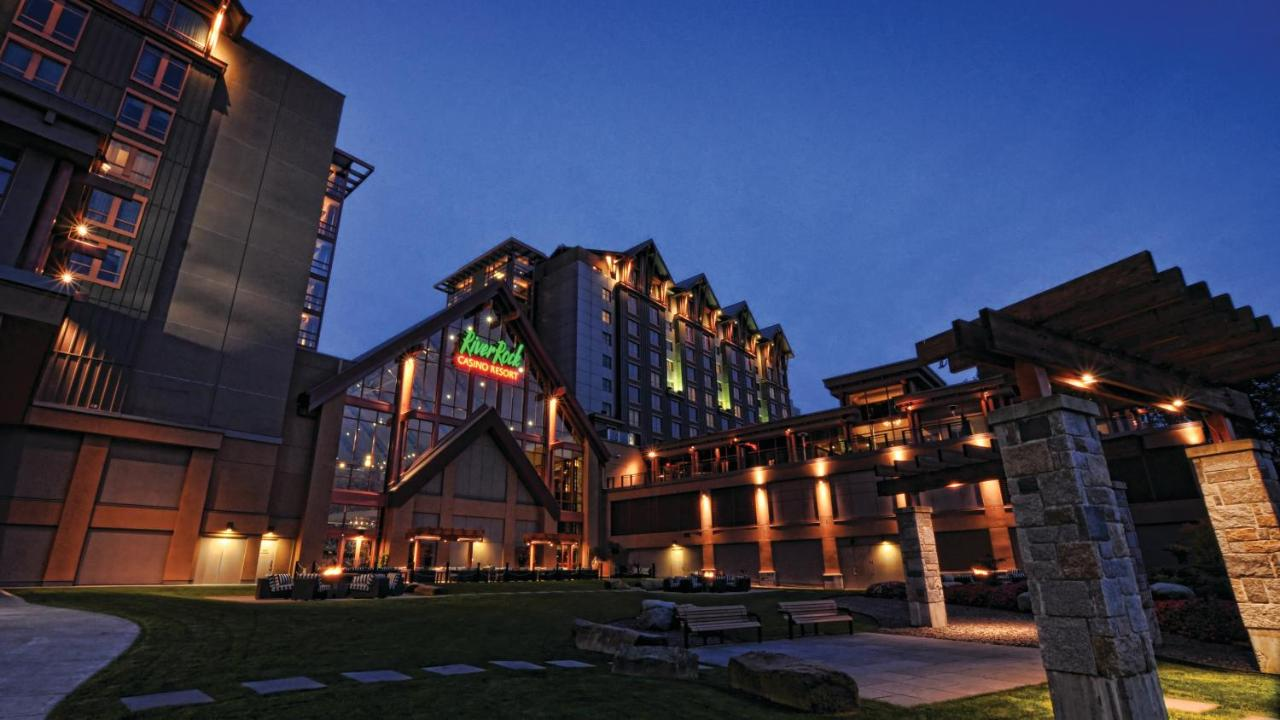 Stupendous River Rock Casino Hotel Richmond Canada Booking Com Beutiful Home Inspiration Xortanetmahrainfo
