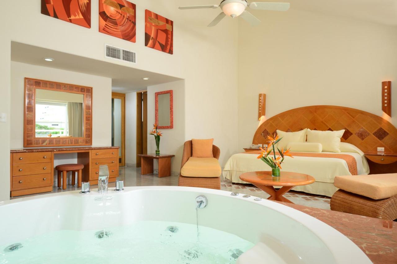 Resort Sunset Marina Cancun Mexico Booking Com