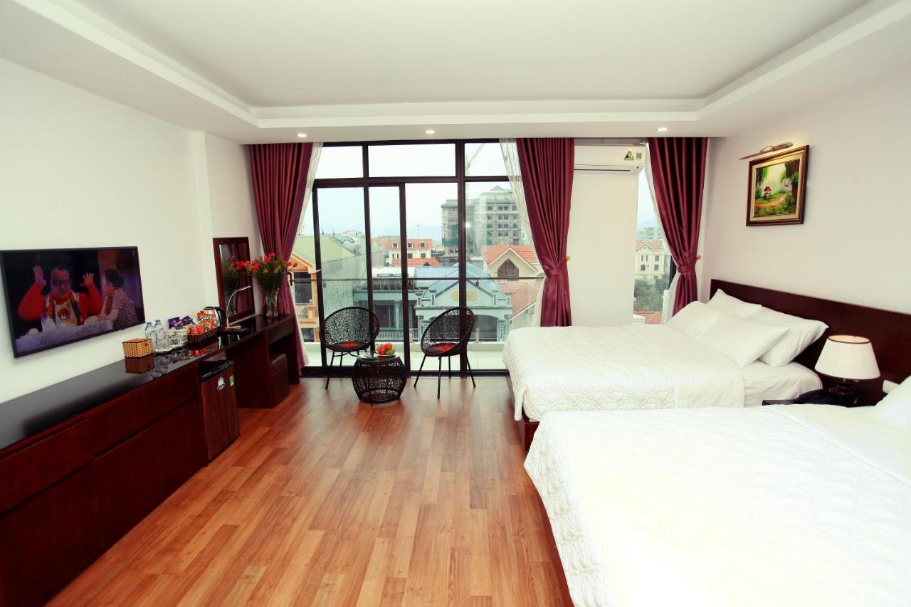 Отель  Camellia Hotel
