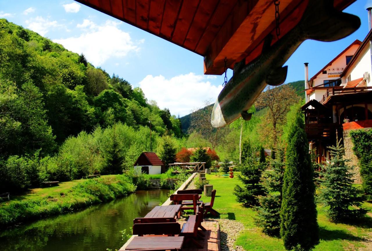 Pension Mai Răsinari Romania Booking Com