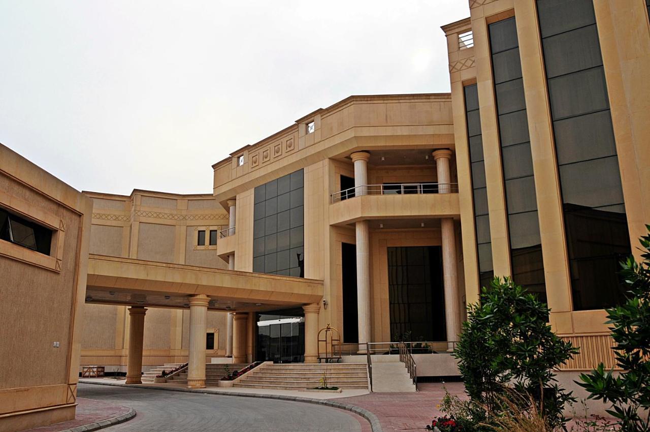 Отель  Executives Hotel - Azizia