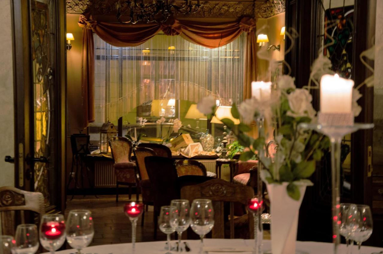Decoration Petit Pot De Fleur hotel petite fleur, toruń, poland - booking