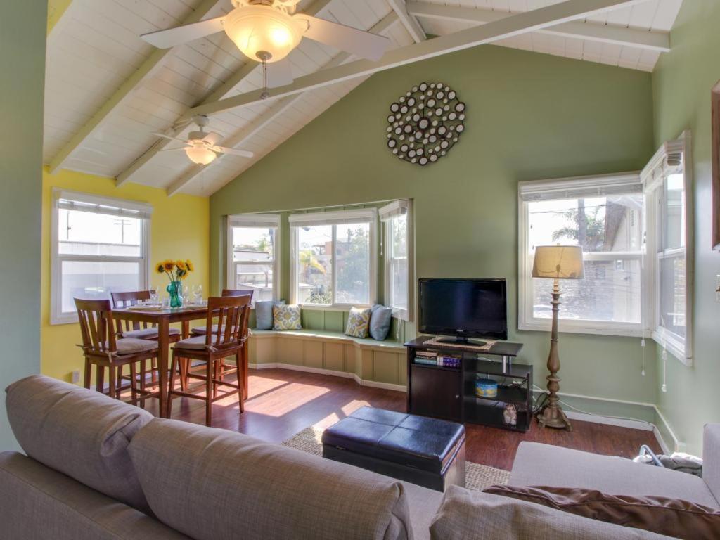 Дом для отпуска  Beach Bungalow
