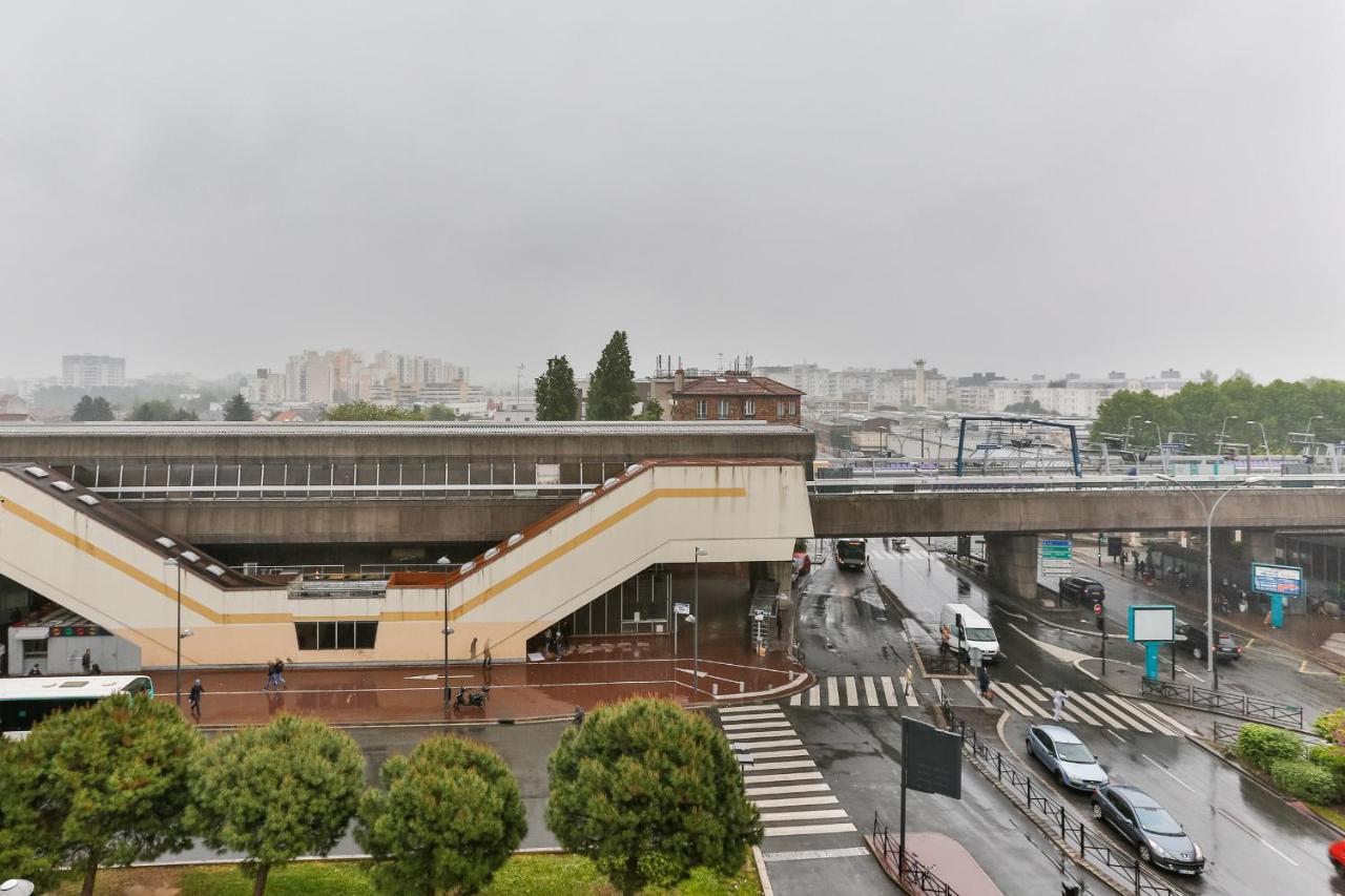 Japonais Val De Fontenay apartment studio edgar quinet, neuilly-plaisance, france