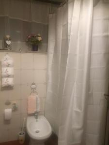 A bathroom at Villa maria