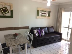 A seating area at Apartamento Ecologic Park Caldas Novas