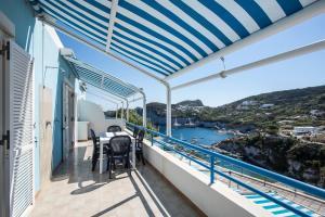 A balcony or terrace at Appartamenti Maga Circe
