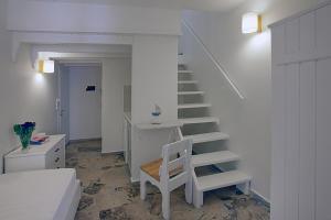 A seating area at Glaros Studios