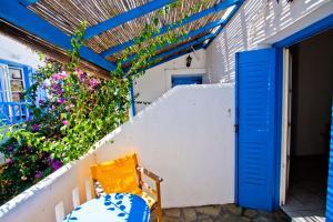 A balcony or terrace at Hotel Landeris
